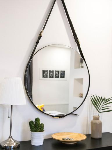 Mirror Hamilton