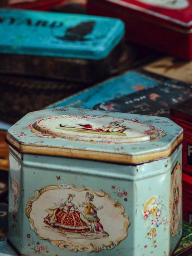 Tin Box Geneva