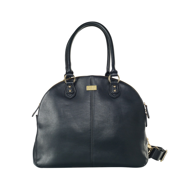 The Madame Polly Changing Bag is a popular Isoki baby bag that is perfect for mums with twins or older children, or mums who desire a super chic and stylish changing bag.