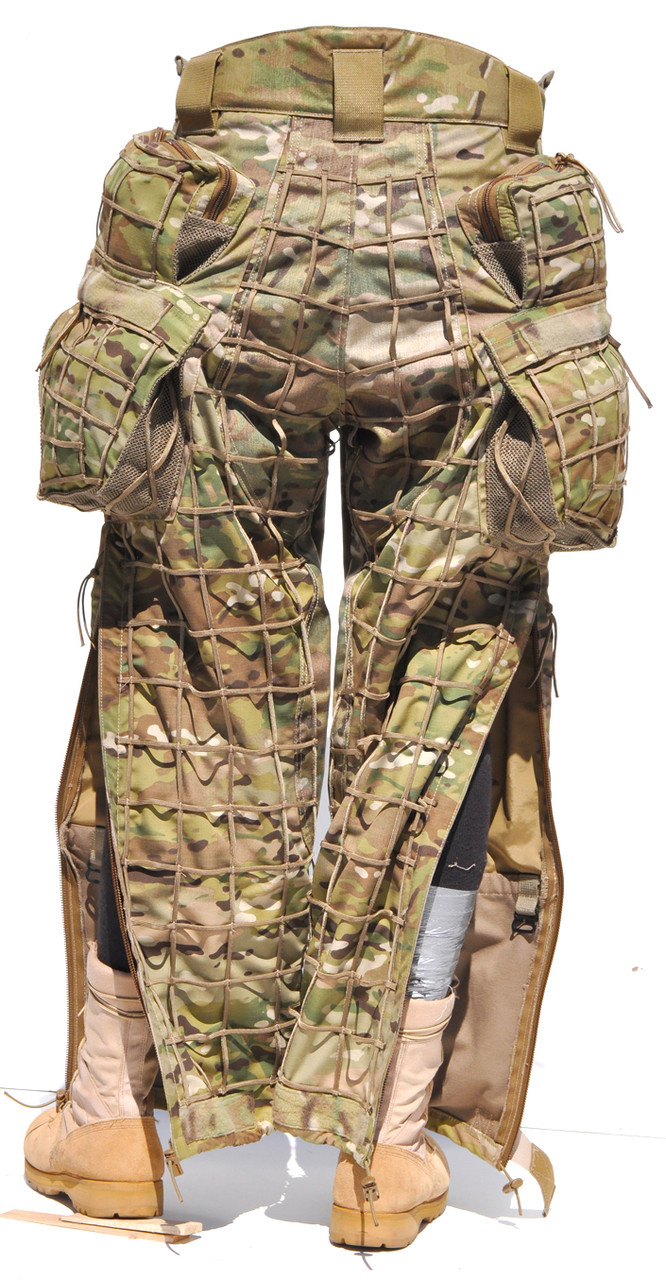 Rear view Sniper HABU Trouser. Offers ultimate functionality to support ergonomic movements of a low crawl prone laying sniper. Sniper ergo cargo pockets, zipper side leg , tight grid, 1000d skid