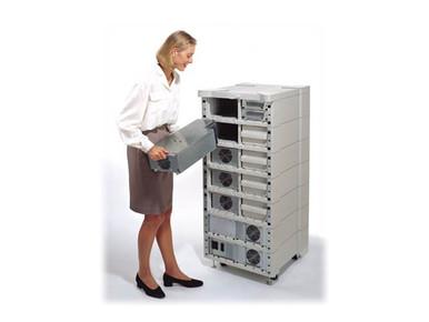 12A5745 -- APC - Serial cable - DB-9 (M) to DB-9 (F) - 6 ft - for P/N: AP9624, BK350EIX545, G35T40KHS, SN1000,
