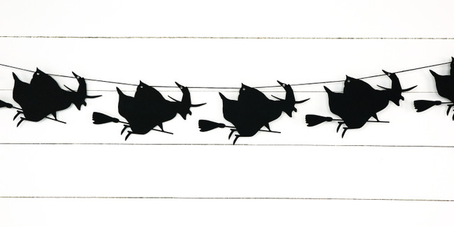 Witch Garland (4 ft)