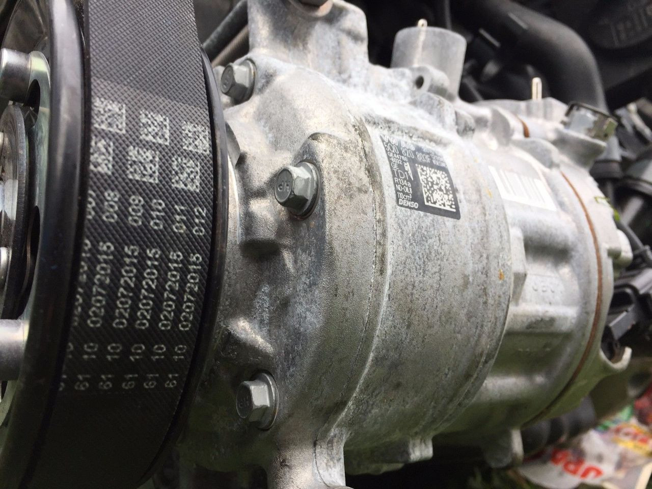 VW GOLF MK7 CZC ENGINE USED AC COMPRESSOR 5Q0 820 803 F