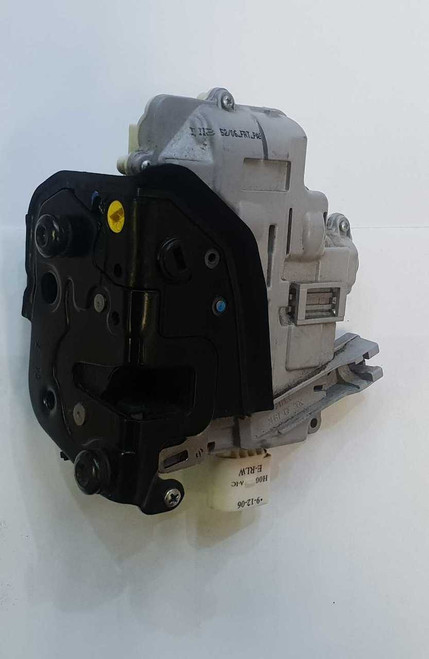 AUDI A3 8P A6 4F A4 B7 USED LHR DOOR LOCK MECHANISM USED 4F0 839 015