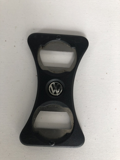 VW GOLF MK5 MK6 USED CENTRE CONSOLE CUP DIVIDER BOTTLE OPENER