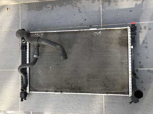 MERCEDES W 203 V6 USED RADIATOR