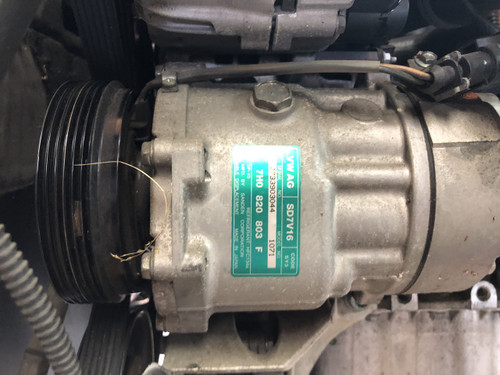 VW CADDY VAN PETROL 1.6L USED AC COMPRESSOR 7H0 820 803 F TRAVELED 46000 KM