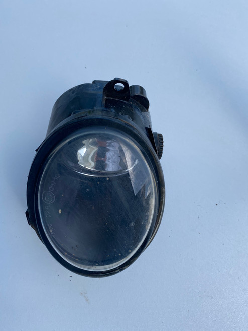 VW BEETLE 2007-2010 USED LH FOG LIGHT  1C0 941 699 E
