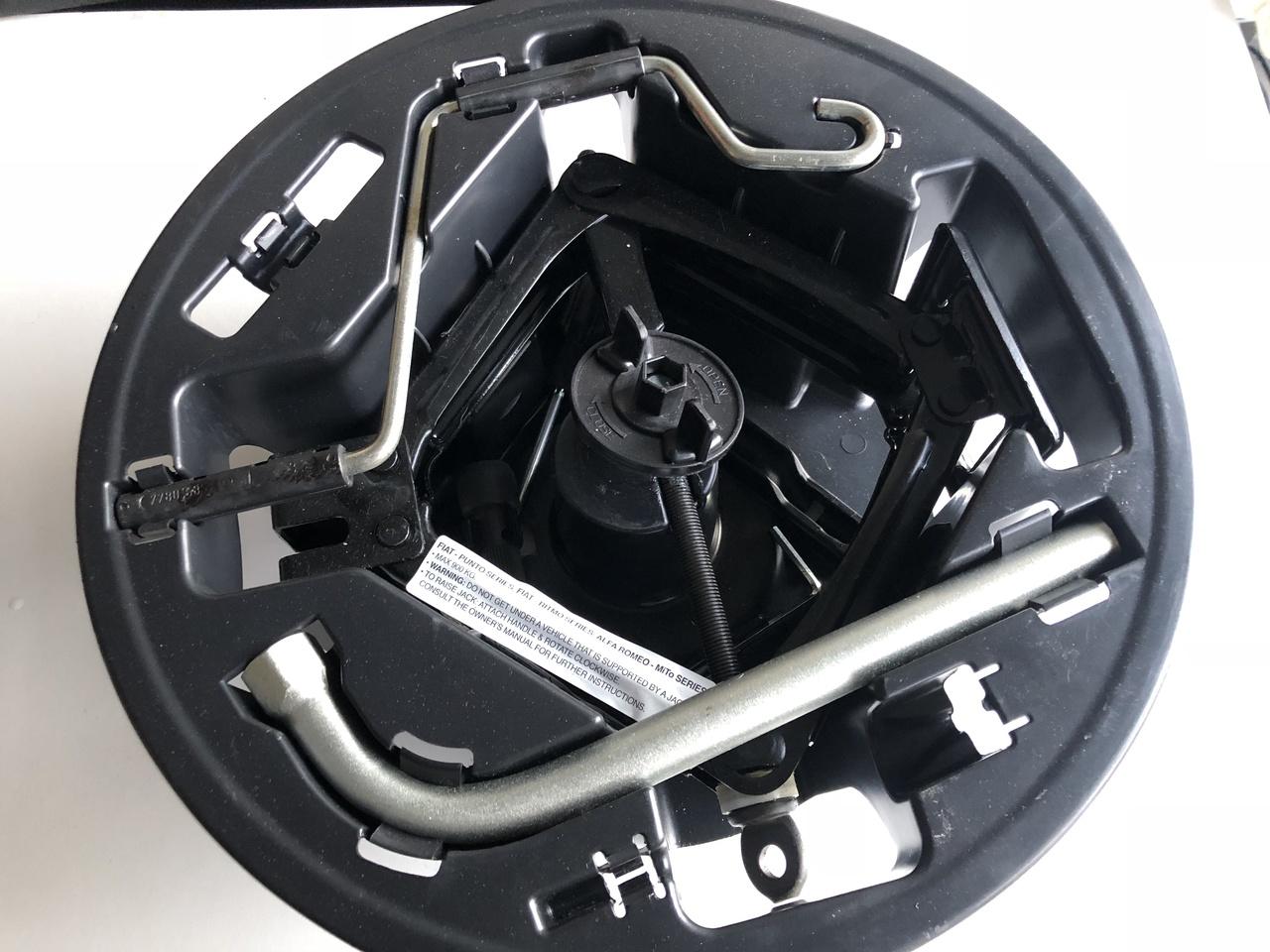 Fiat Punto Mk2 Jack Tool Kit