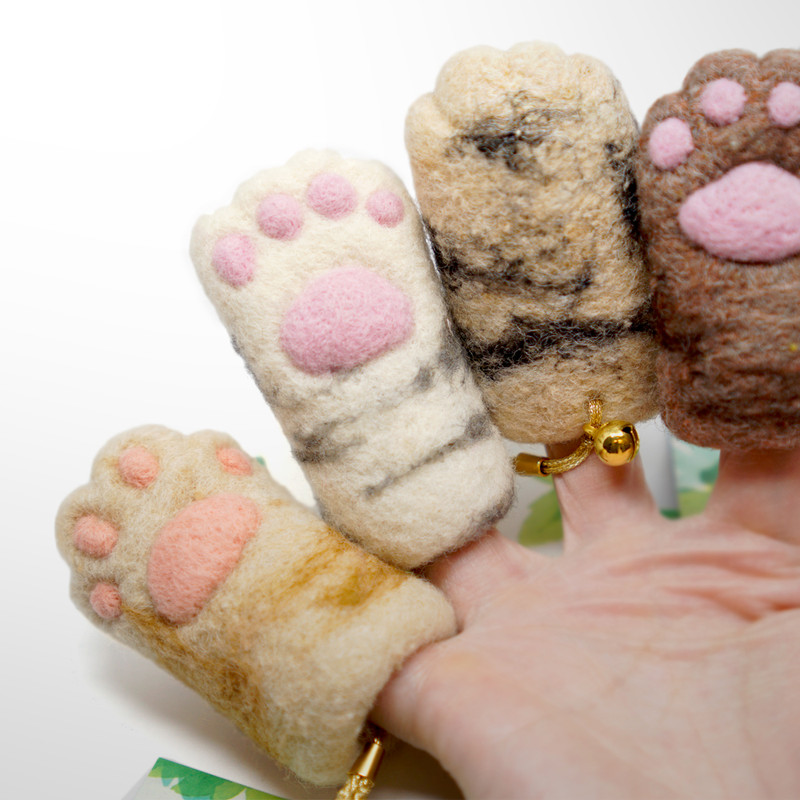 Lucky Cat Paws by plushPLAY