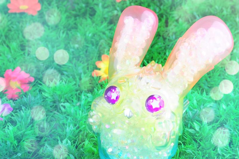 Jade Monster : Twinkle Rainbow PRE-ORDER SHIPS DEC 2017