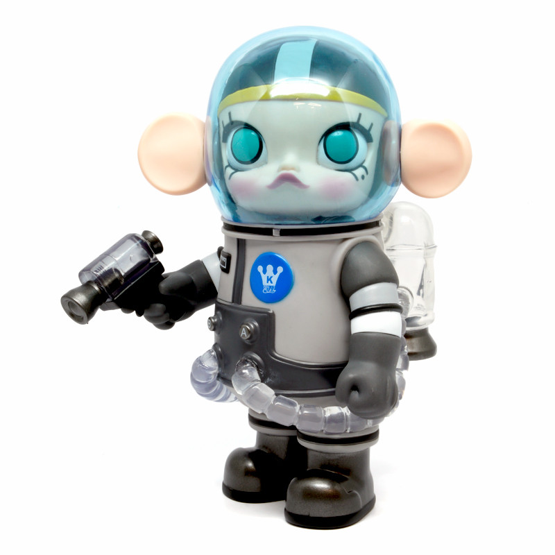 Space Molly : The Earth is Bluish