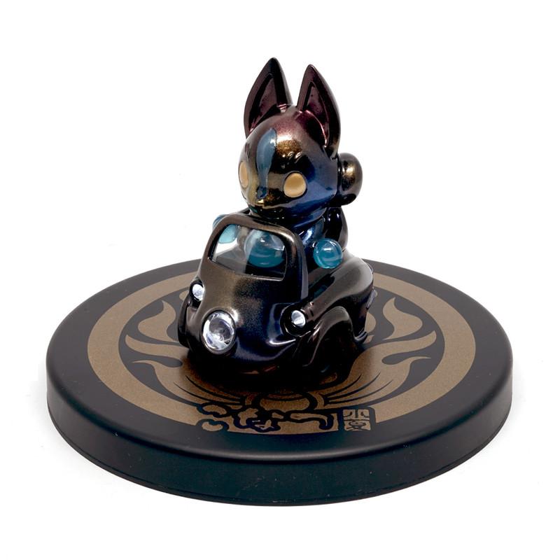 Lumisofvi : Konta Black Set (Mini Figure with Light-up Car + Base) PRE-ORDER SHIPS LATE DEC 2018