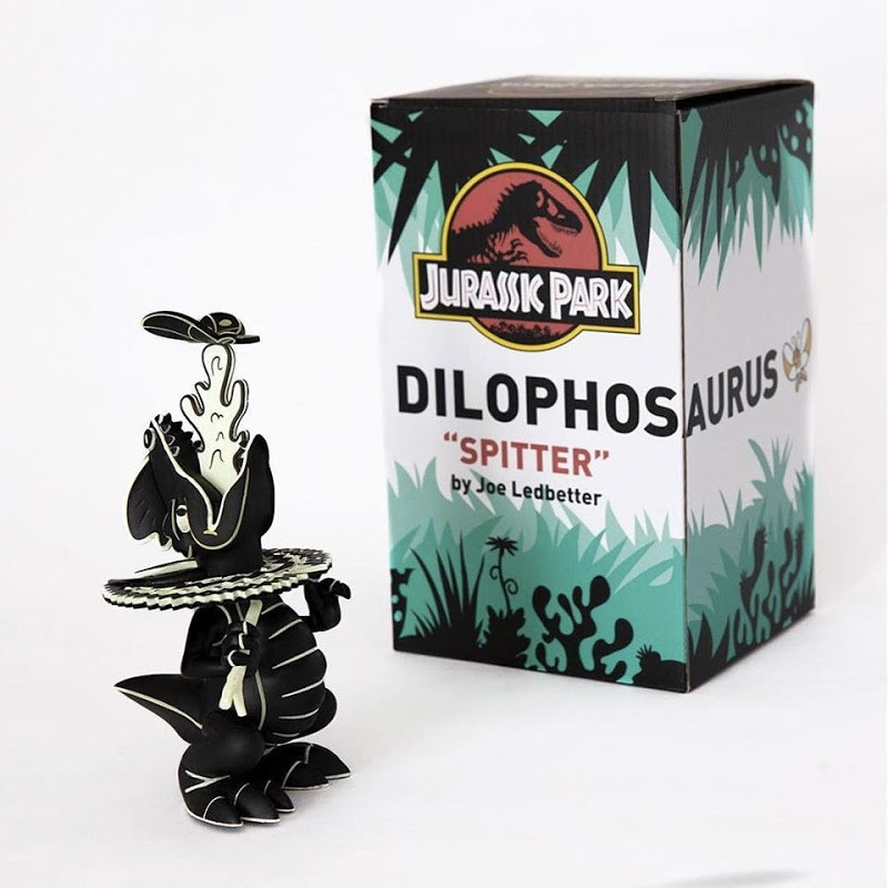 "Dilophosaurus ""Spitter"" : Lava Edition"