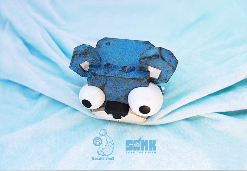 Cube Bear Blues by Sank Toys X Banana Virus