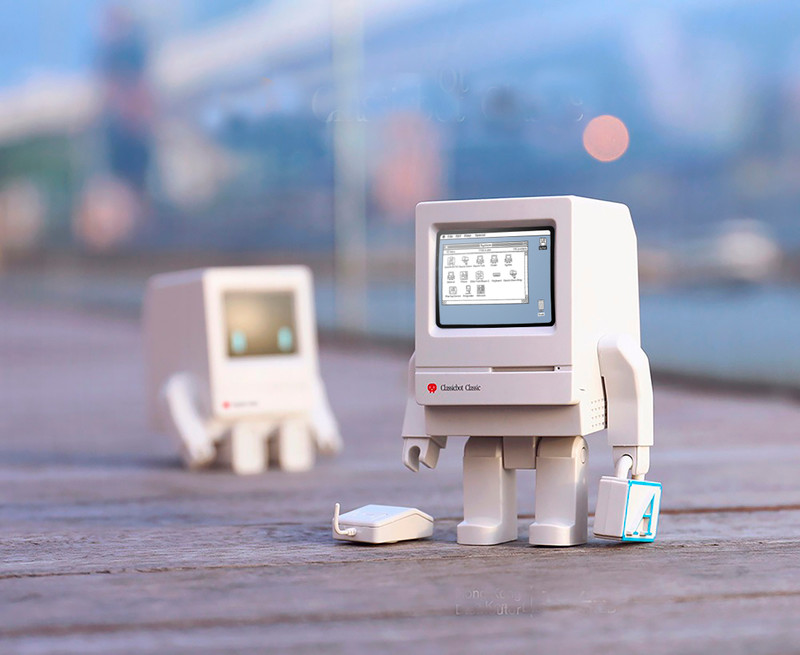 Classicbot Classic 2.0 by Philip Lee PRE-ORDER SHIPS JUN 2020