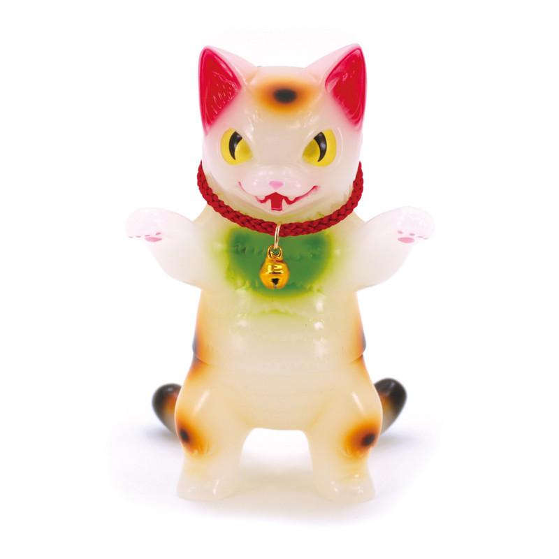 Negora Milky White Lucky Cat by Konatsu