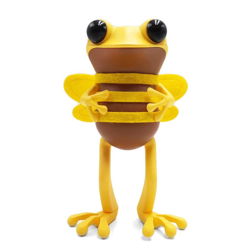 APO Frogs Bee's Knees by Twelvedot SHIPS WEEK OF OCT 25 2021