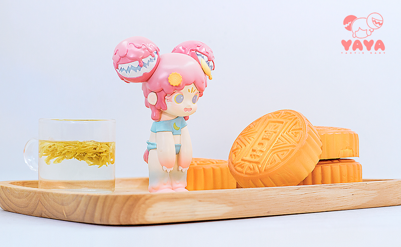 Yaya Mooncake by Moe Double Studio PRE-ORDER SHIPS NOV 2020