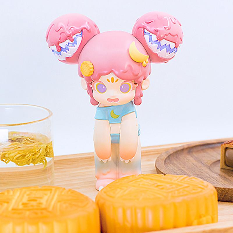 Yaya Mooncake by Moe Double Studio