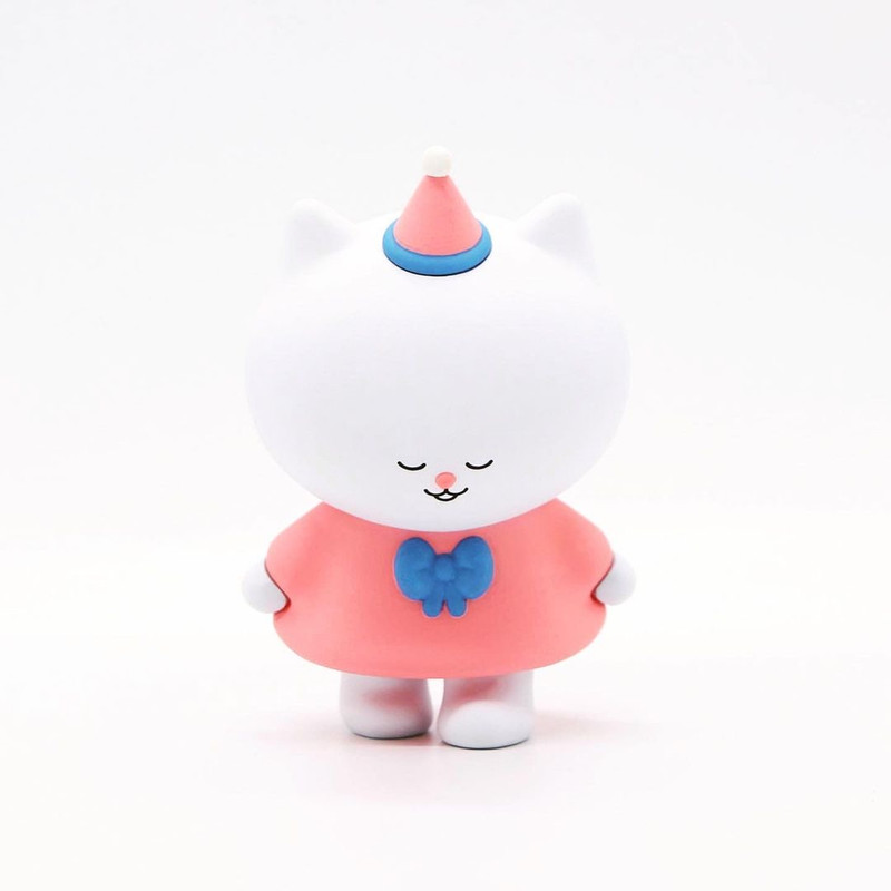 Varietysum With Cat Friends Blind Box PRE-ORDER SHIPS FEB 2021