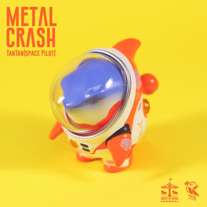 Space Pilot TAN TAN Metal Crash by Kuchu PRE-ORDER SHIPS LATE MAY 2021