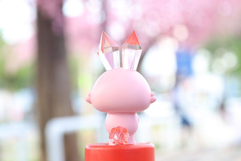 Ruby The Crystal Rabbit by Tan Chawinpon PRE-ORDER SHIPS JAN 2021
