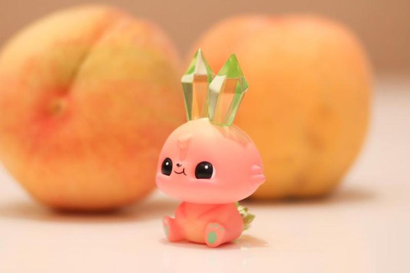 Mini Ruby Peach by Tan Chawinpon PRE-ORDER SHIPS JAN 2021