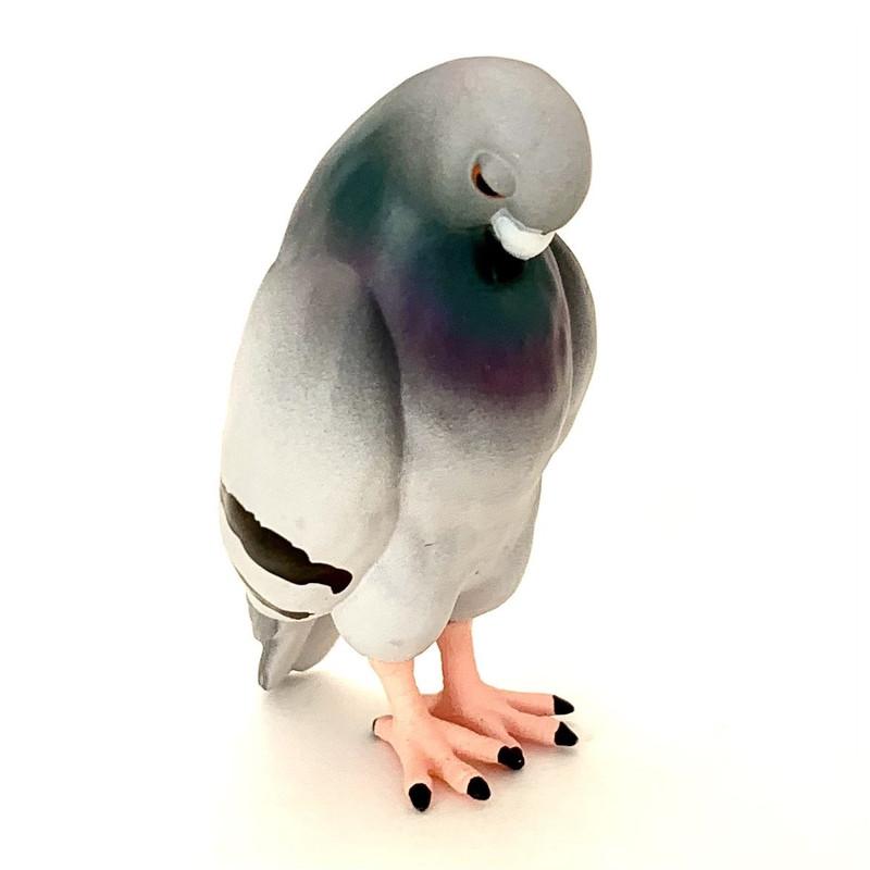 Sleepy Pigeon Capsule Toys