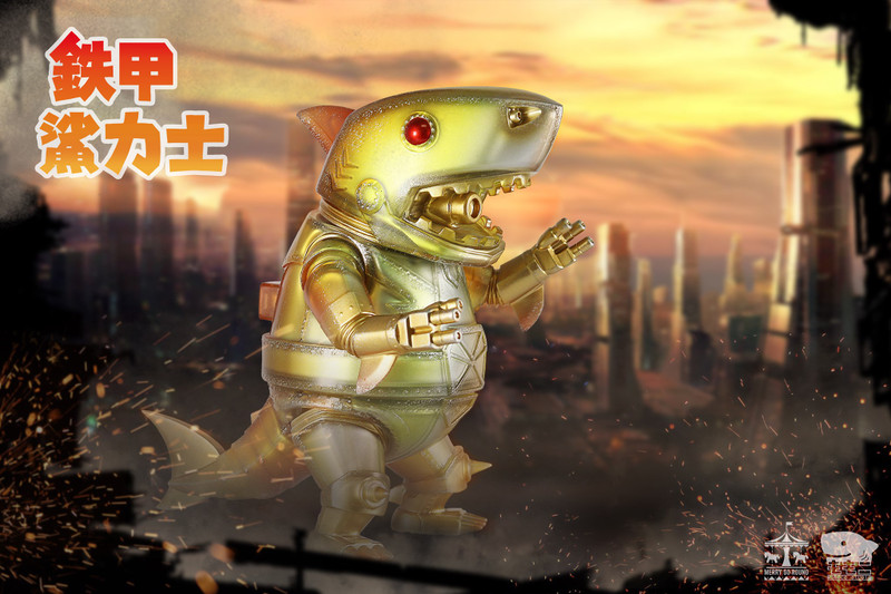 Ironclad Shark Showa Sunset by Momoco PRE-ORDER SHIPS APR 2021
