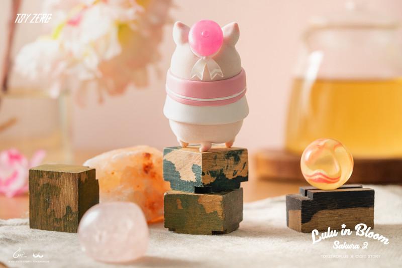 Lulu the Piggy Sakura Series 2 Blind Box