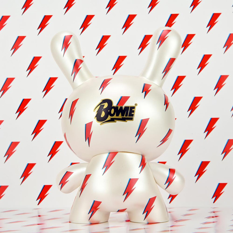 Dunny 8 inch David Bowie ICON Lightning Bolt