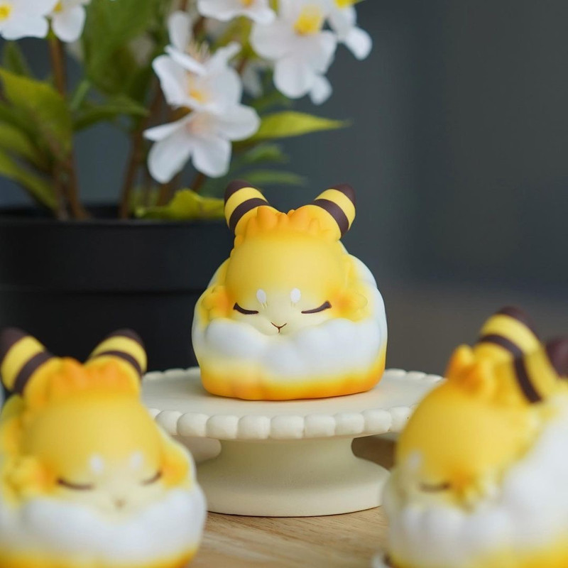 Raby Cotton Ball Honey Cake by Yoyo Yeung PRE-ORDER SHIPS NOV 2021