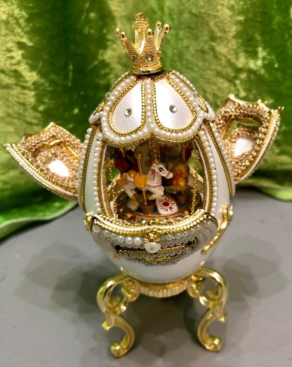 Matashi Crystals Delicate Egg - Wind-up Music Box