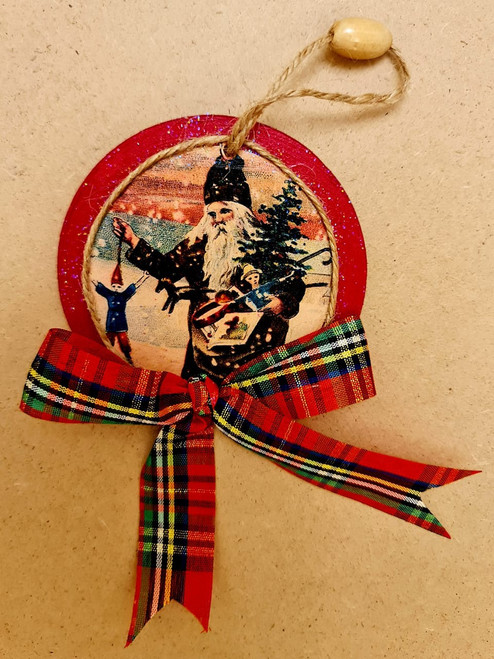 Wooden Santa Head with Tartan Bow & Rope