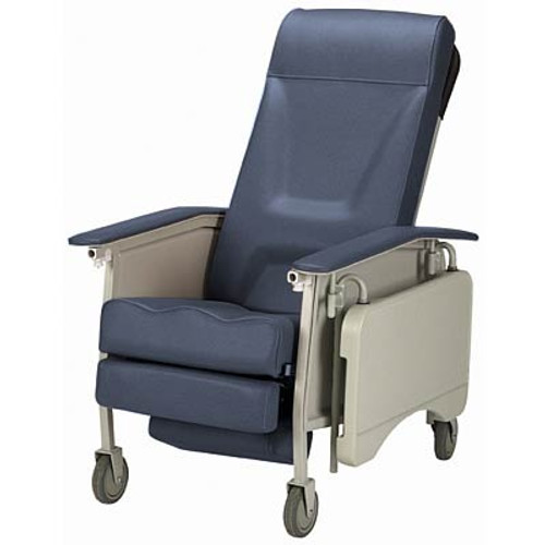 The Invacare Deluxe 3-Position Geri Chair shown in Blueridge IH6065A/IH61.