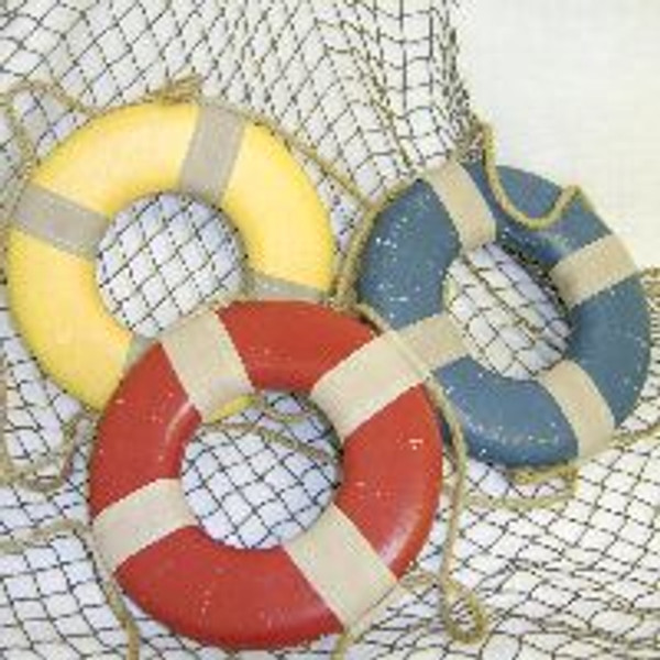 Vintage Style Decorative Life Ring / Life Preservers  Nautical Seasons