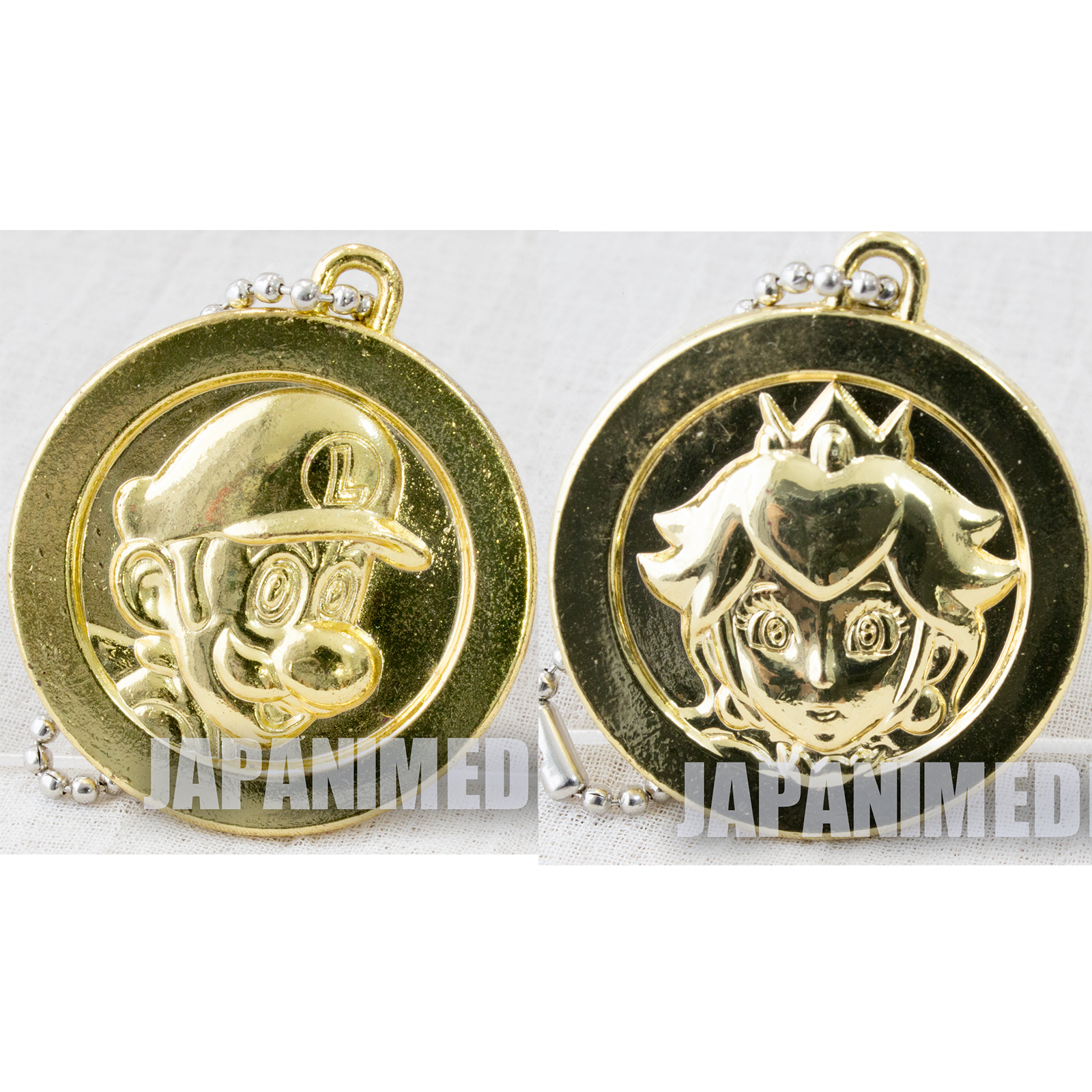 Super Mario Bros. Metal Coin Keychain Mario & Princess Peach