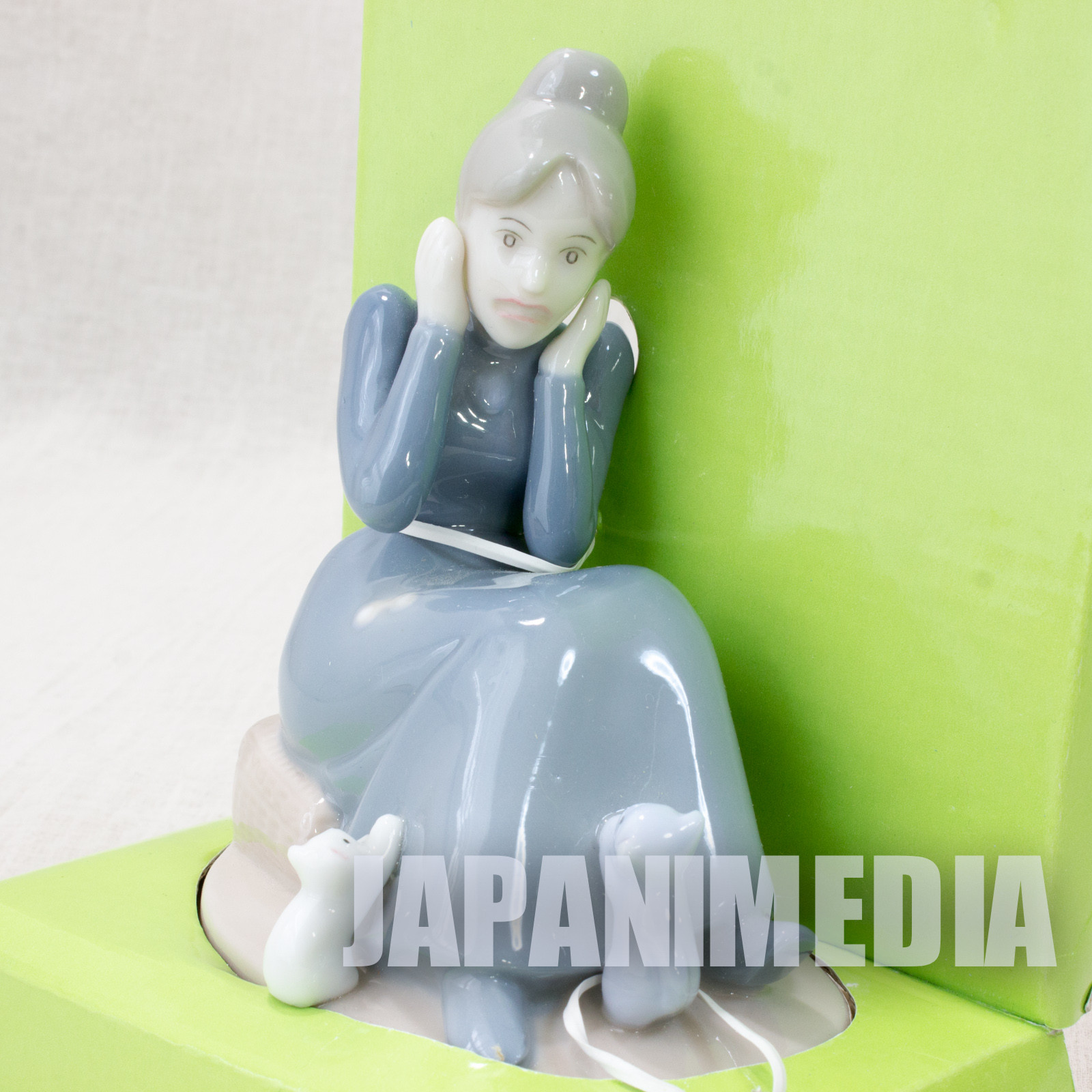 Heidi Girl of the Alps Ceramic Figure Rottenmeier JAPAN ANIME