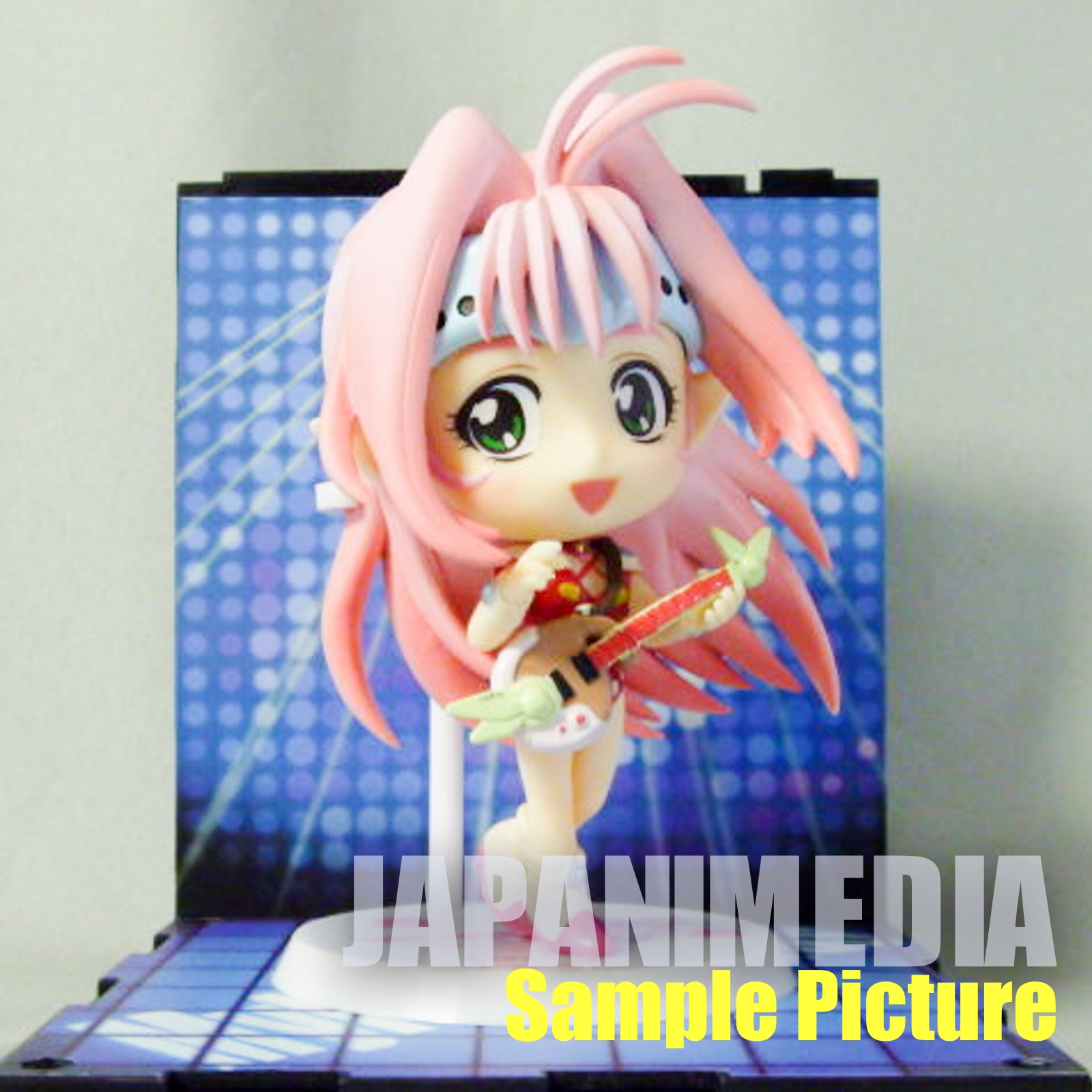 Macross 7 Mylene Flare Jenius Kyun Chara Figure & Stage Set Banpresto JAPAN