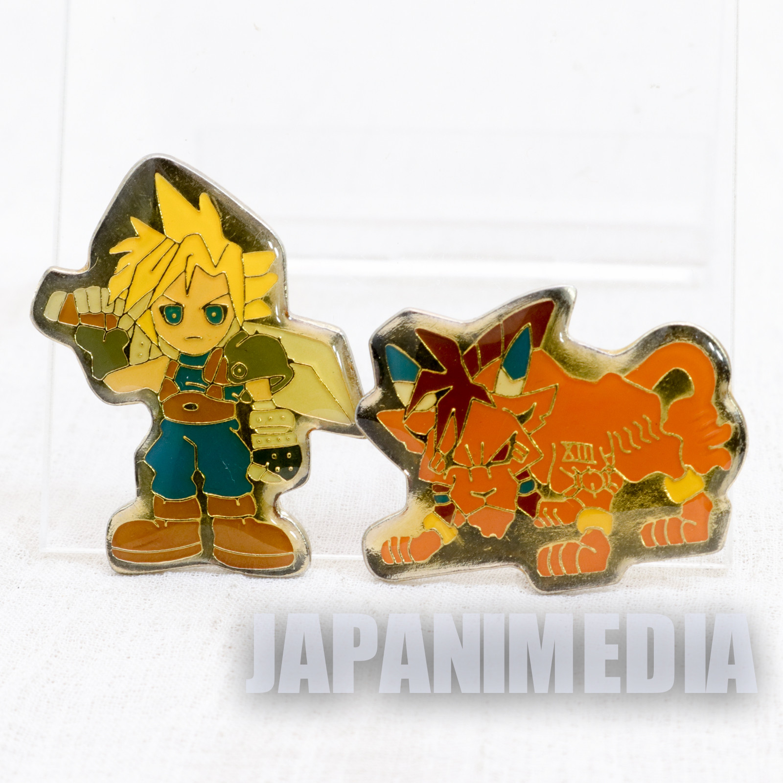 Final Fantasy VII 7 Cloud Strife & Red Metal Pins JAPAN SQUARE ENIX