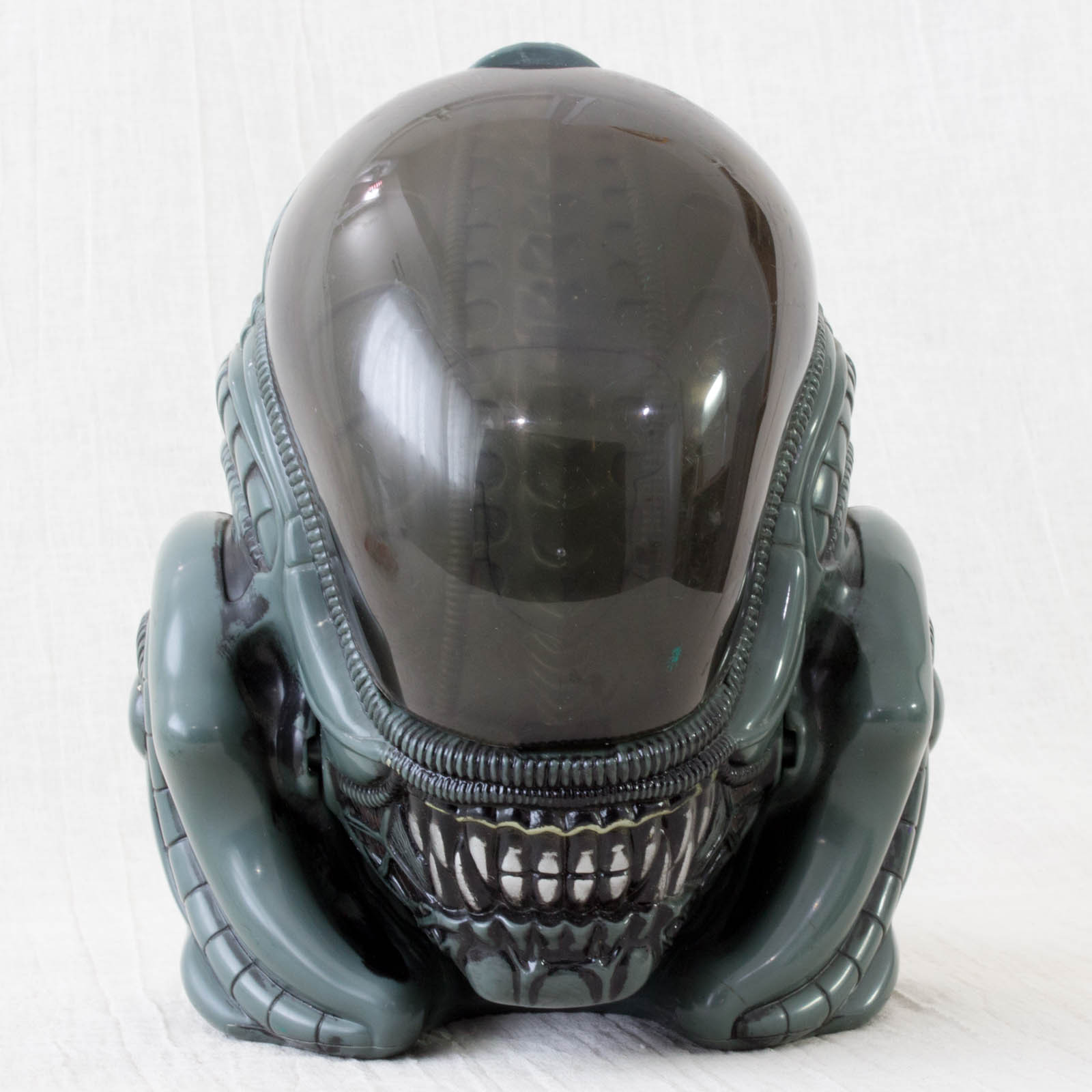 Retro ALIEN Head Figure Toy
