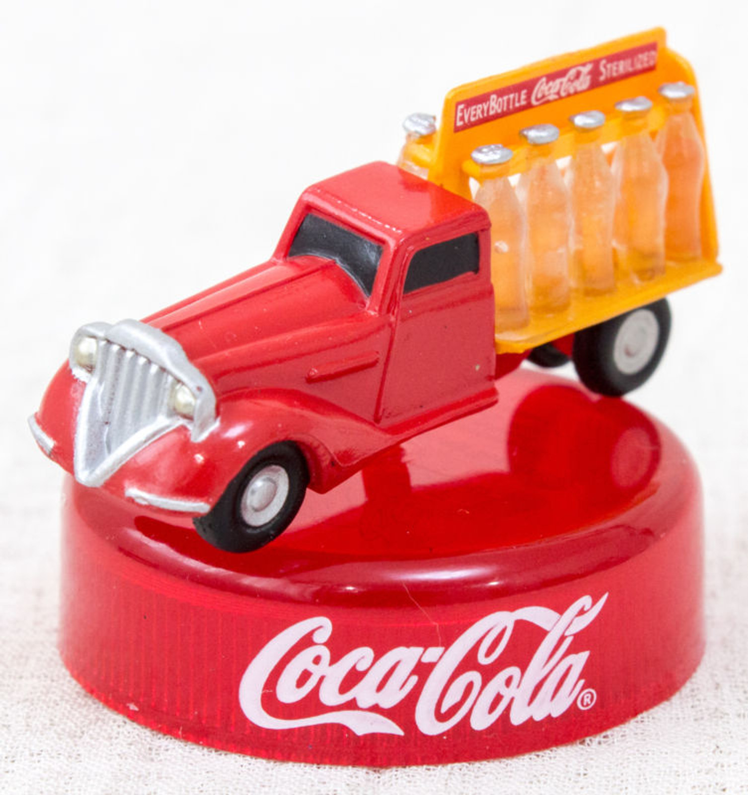 Coca-Cola Graffiti Delivery Truck Toy Miniature Figure Kaiyodo JAPAN