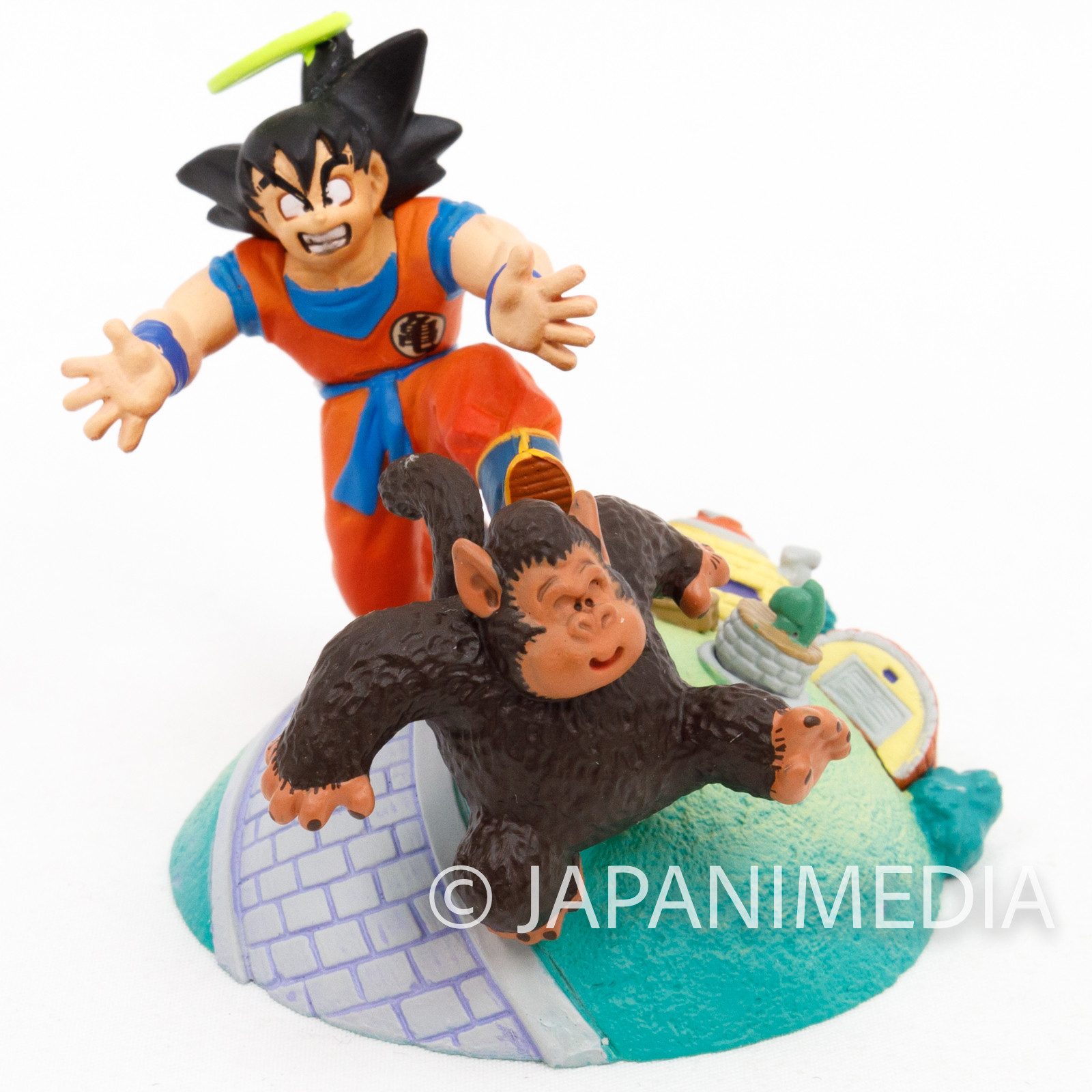 Dragon Ball Z Son Gokou on King Kai Planet Diorama Figure JAPAN ANIME CAPSULE