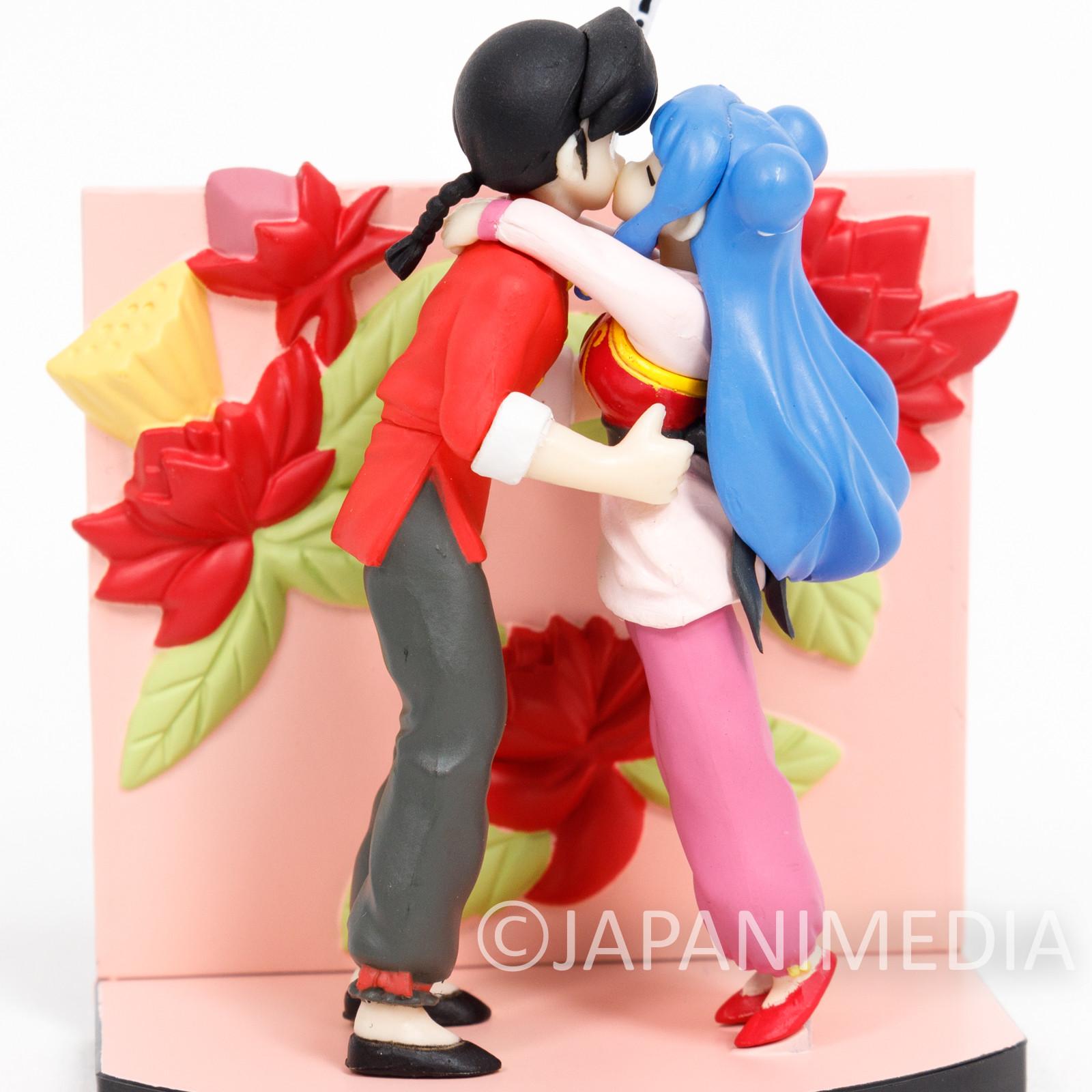 RARE! Ranma 1/2 Saotome Ranma & Shampoo Kiss Mini Diorama Figure Epoch JAPAN