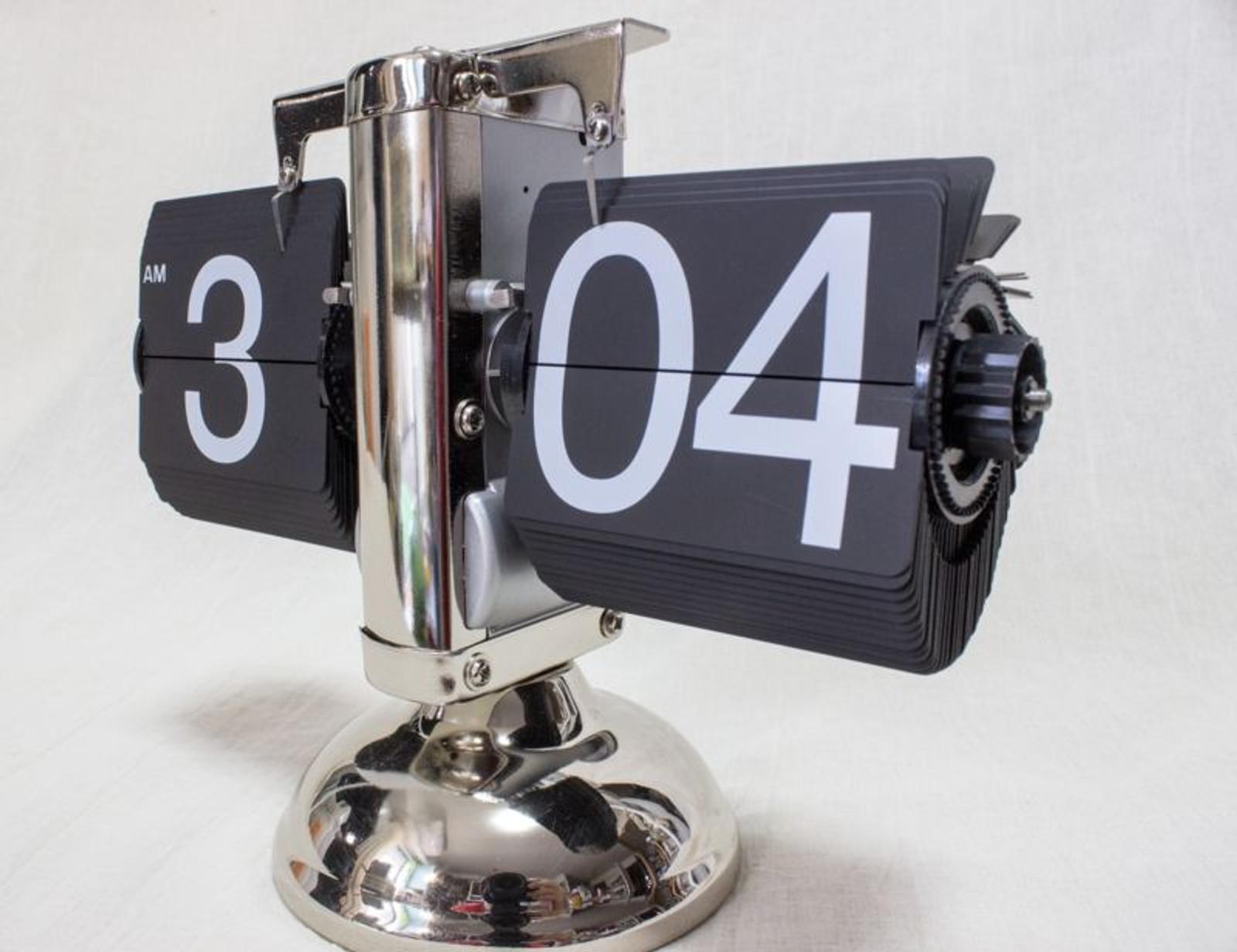 Skeleton Pitter-Patter Clock Silver IGA75-SY IDEA International JAPAN