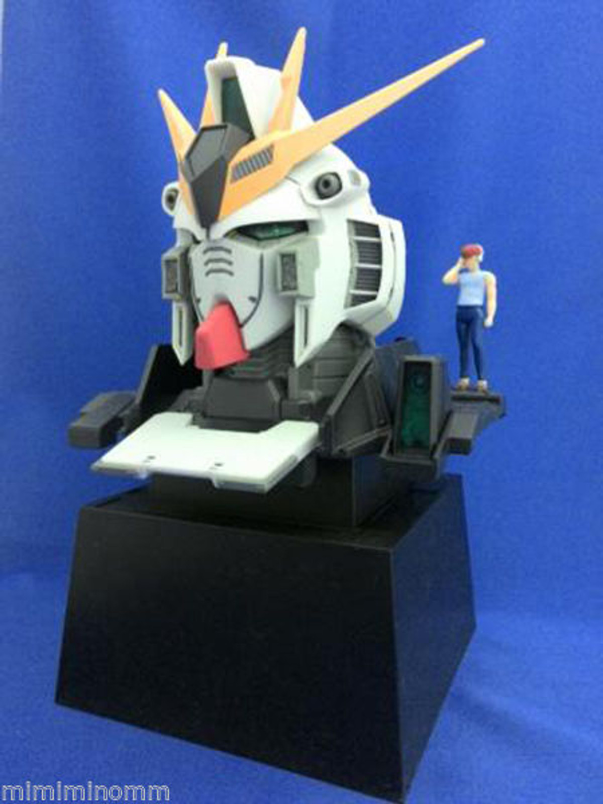 RX-93 Nu V Gundam Super Head Display Figure Banpresto JAPAN ANIME ROBOT MANGA