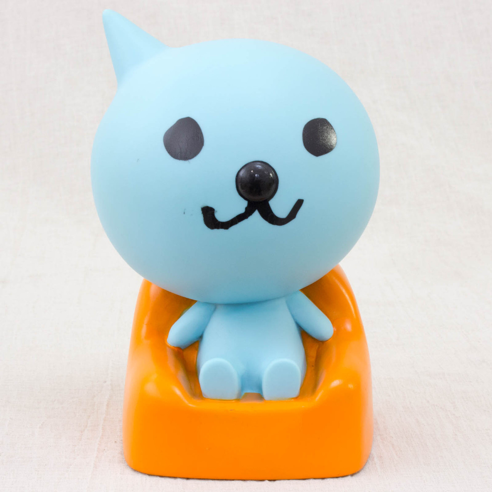 JUNK ITEM : QOO on Sofa Figure Coin Bank Yamazaki Japan Limited Product