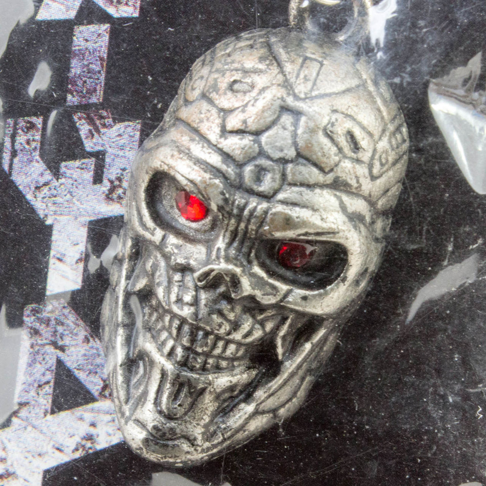 Terminator 4 T-800 Head Type Figure Mascot Metal Charm 2008 Novelty