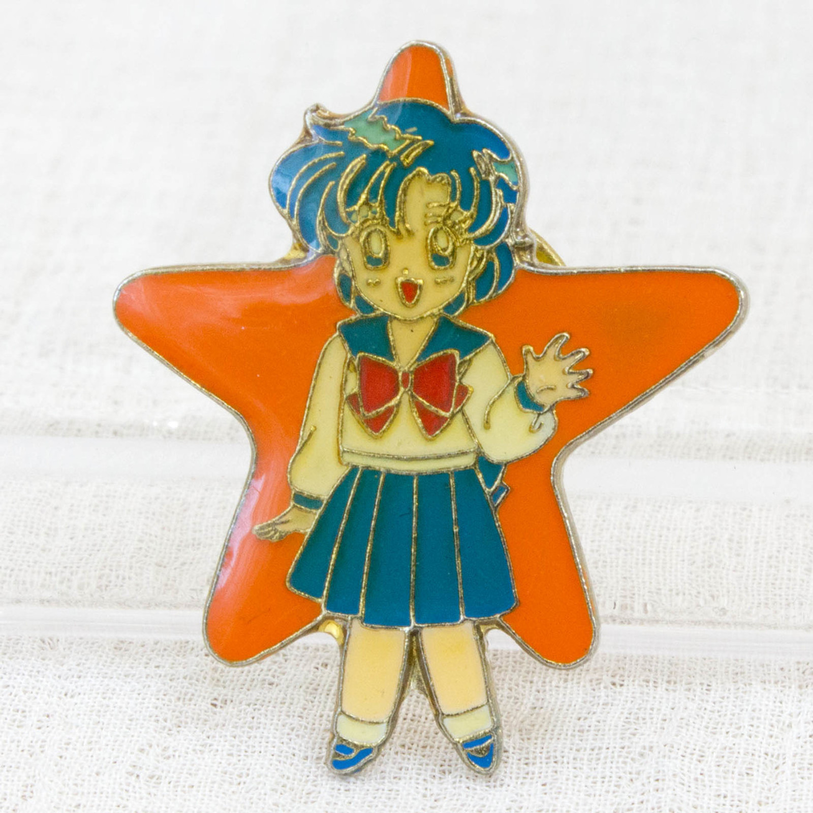 Sailor Moon Ami Mizuno (Sailor Mercury) Metal Pins Badge JAPAN ANIME